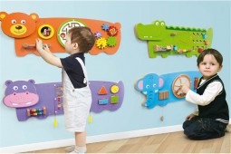 Funny wall game for indoor playground